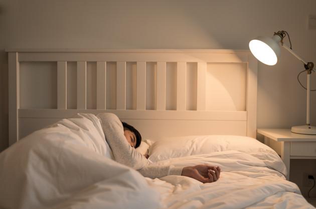 青年睡眠健康写进国家级规划 90后为购买助眠类产品大把花