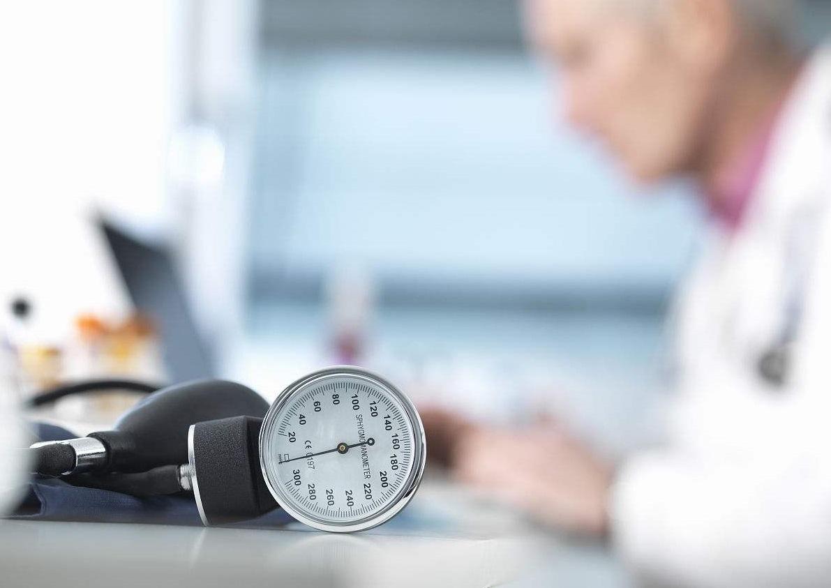 研究显示:睡前服药降压效果更好