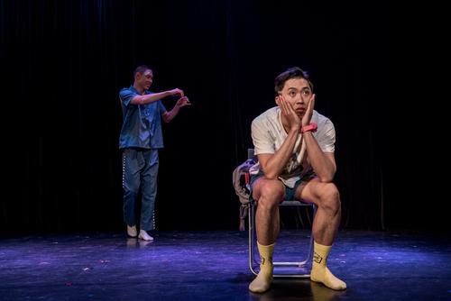 第七届乌镇戏剧节闭幕 呼声极高的《鸡兔同笼》获最佳