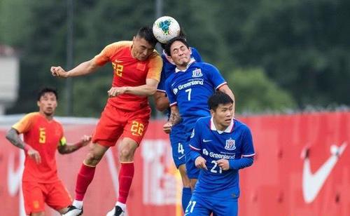 國足大勝上海申花 兩連勝結束了為期17天的集訓